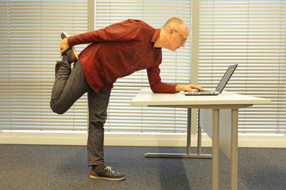 How to make a standing desk at home and at the office for Standing desk at home